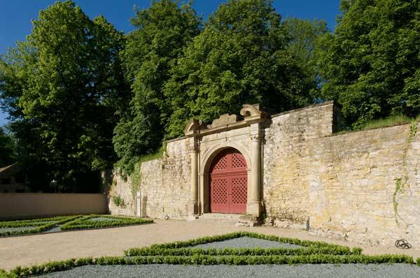 Historischer Haupteingang zum Kloster